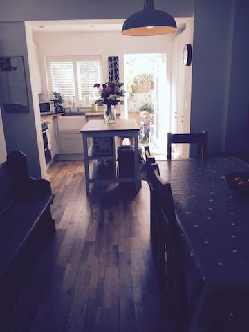 Lovely double room in Lewes - Lewes