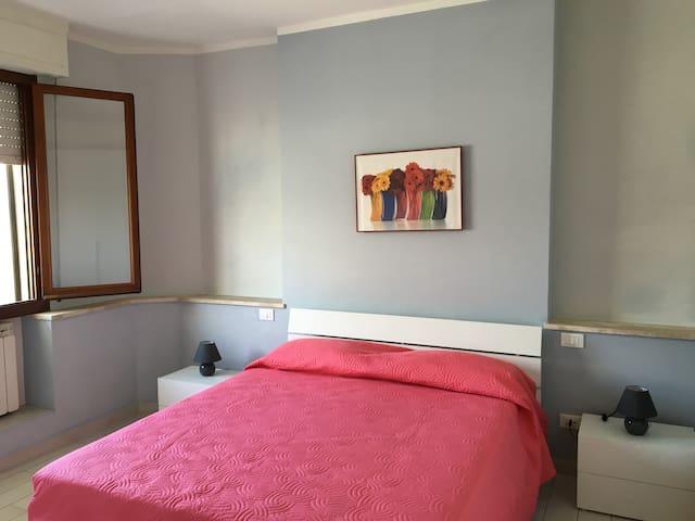 Comodo appartamento a Pontedera - Pontedera - Appartement