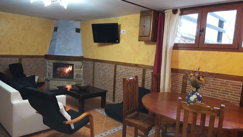 Alojamiento completo en pleno Valle de Carranza - Enkarterri - Casa