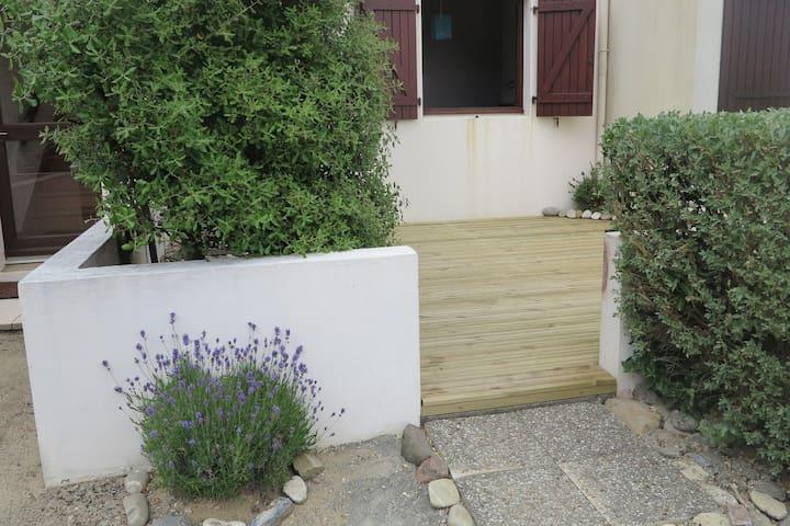 2 pièces avec jardin en bord de mer - Bretignolles-sur-Mer - Lägenhet