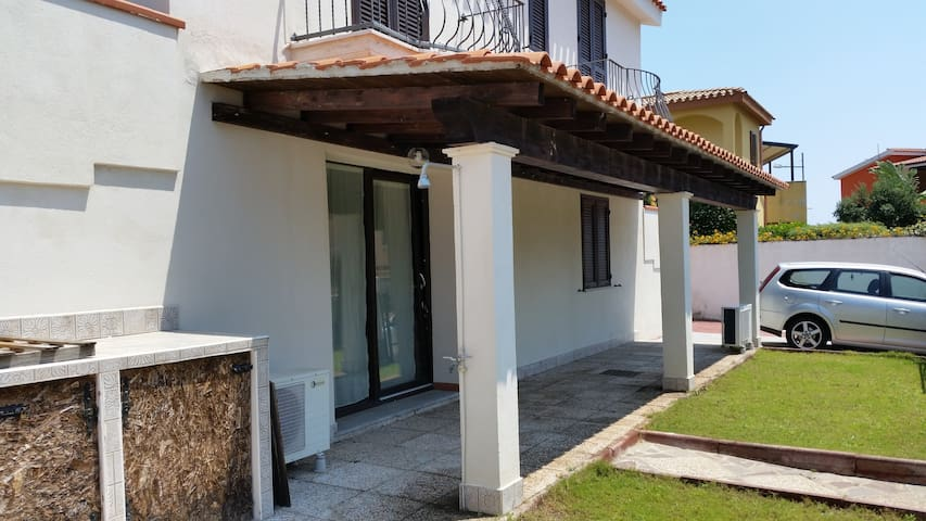 Casa al mare Pula (Sardegna) - Pula - Appartement