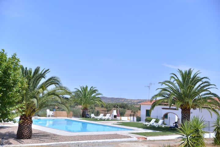 Rest and fun in Alentejo - Moura - Villa