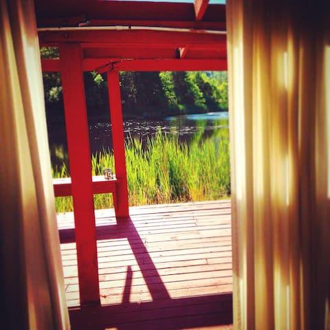The Pond House at Mendocino Magic - Laytonville - Kabin