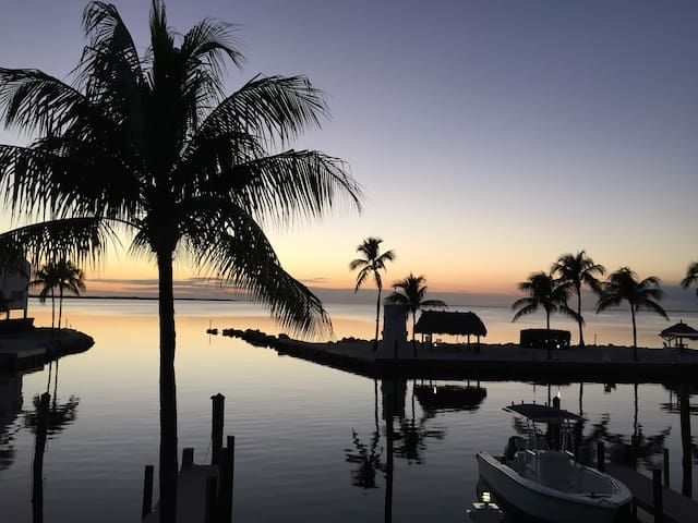 Beautiful Waterfront Townhouse - Islamorada