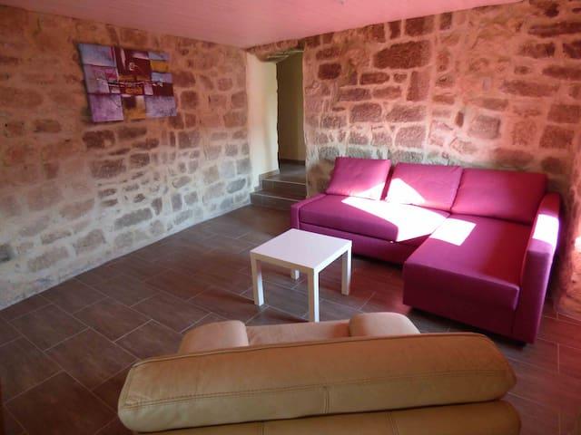 """""""Les meules de pierre"""" en Ardèche - Faugères - Appartement"""
