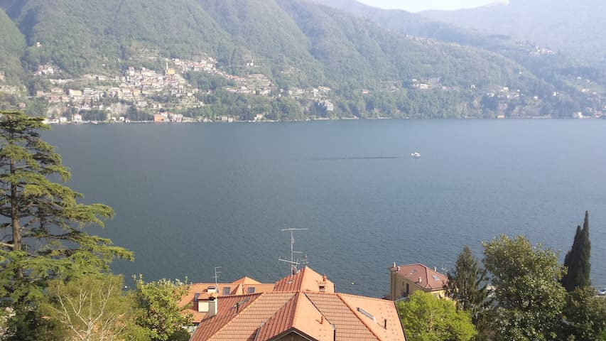 Beautiful sunny Lake Maggiore Flat - Angera - Appartement en résidence