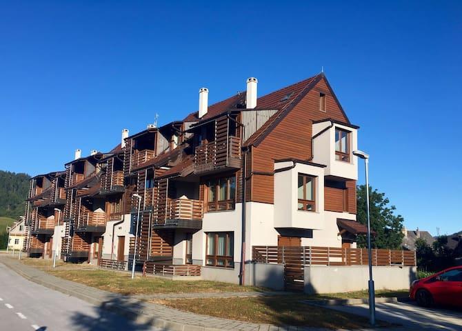 Charming NEW apartment with balcony - Mrkopalj