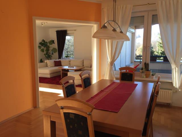 Traumhafte Gartenwohnung in Klagenfurt - Klagenfurt am Wörthersee - Appartement en résidence