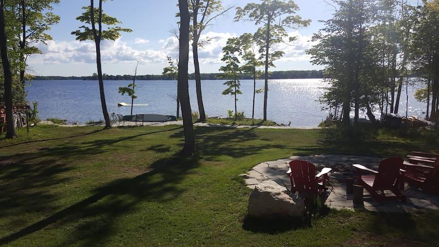 Lake House - Flesherton - Cabaña