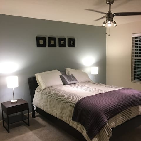 Cozy room in quiet Indianapolis suburb - Whitestown - Maison