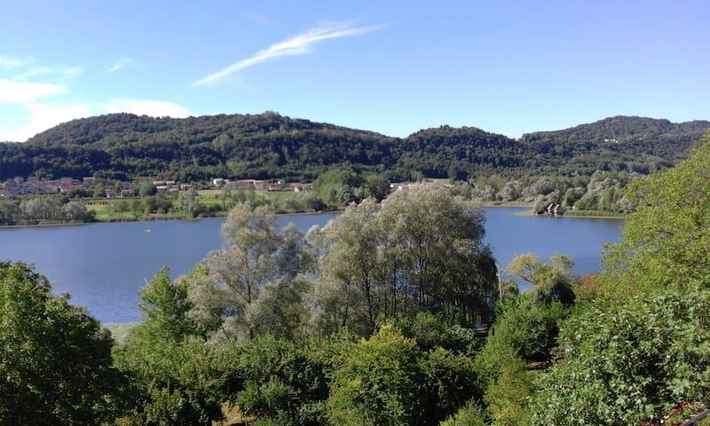 A peaceful stay near the Prosecco hills - Lago - Hus