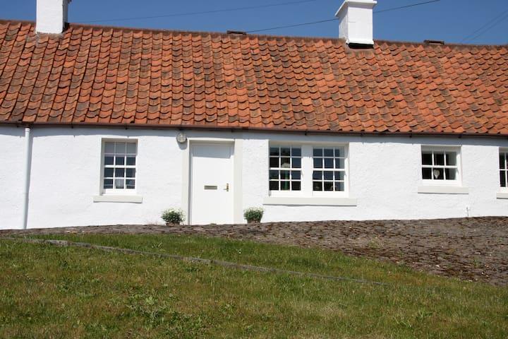 Cardy Crossing Cottage - Lower Largo - Talo