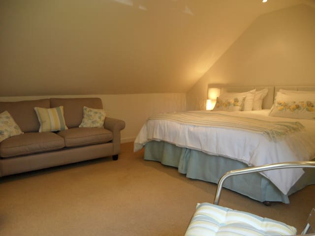 HolidayHome in Witney, ideal for Burford, Cotswold - Witney - Appartement