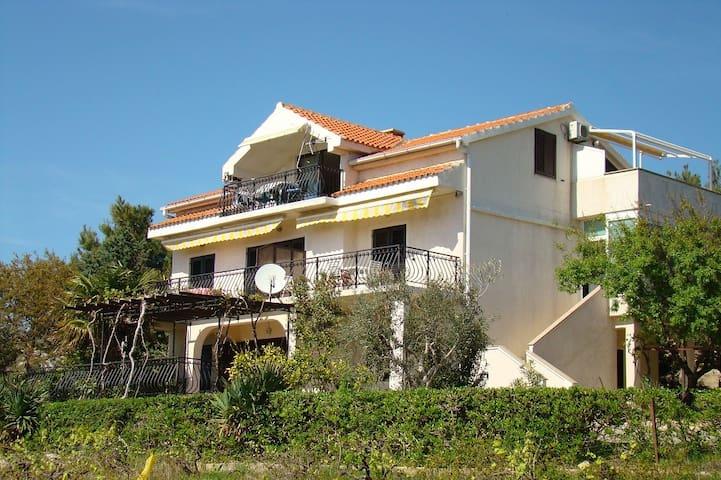 Apartments Davorka, Pag, Šimuni, Croatia (5) - Šimuni - Villa