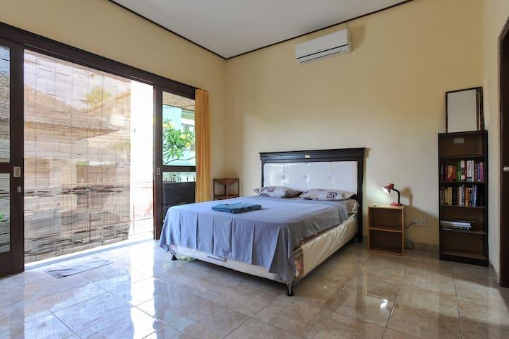 Clean, Simple Studio - Sanur - Apartemen