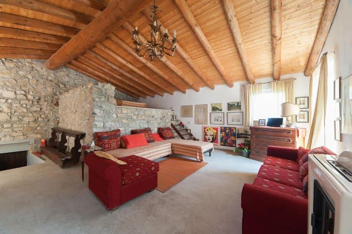 Le tre isole - Casa Torre - Parzanica - Hus