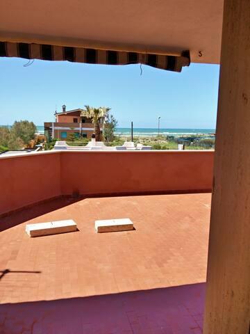 Panoramico a Focene a 50mt dal mare - Focene - Apartemen