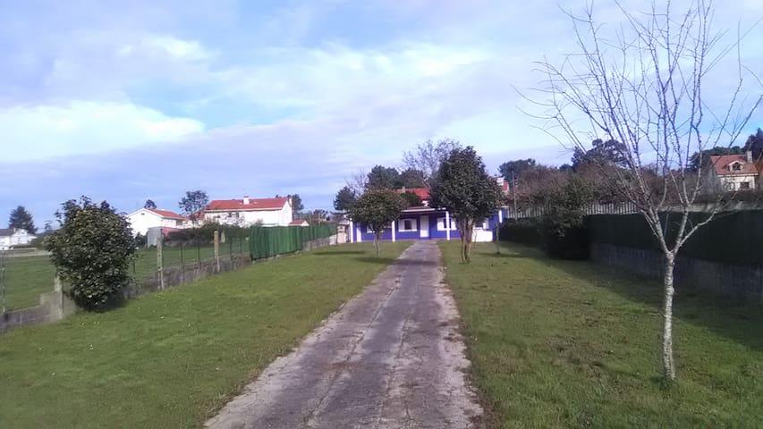 Alquiler de acogedora casa en playa de Mera - Oleiros - House