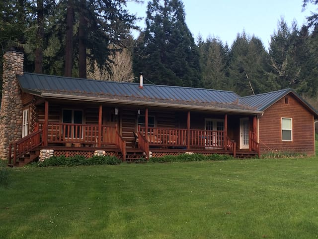 Log Cabin Retreat - Cheshire - Houten huisje