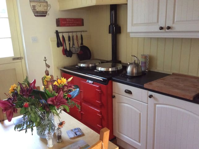 Quaint One Bed Cottage in Hythe in Superb Location - Hythe - Huis