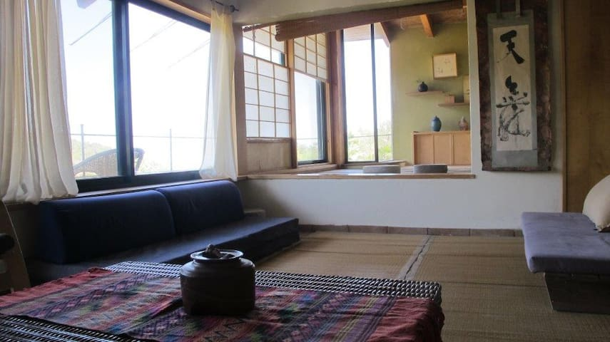 Japanese Style home in nature - Ein Hod - Huis