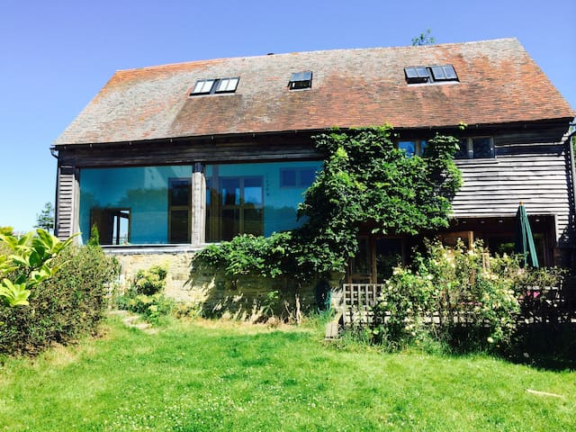 Stunning Barn conversion - Forest Row