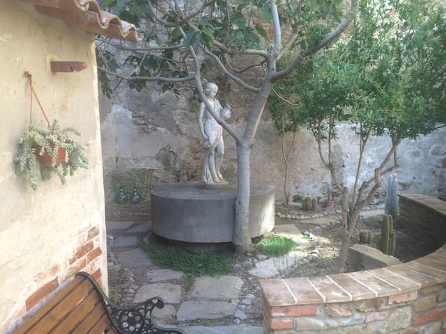 Picturesque apartment in Umbrian Medival town - Panicale - Daire