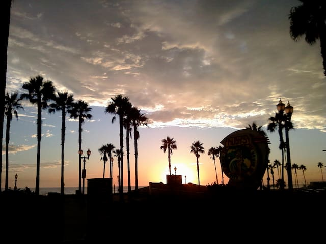 Surfer's Paradise! Historic Huntington Beach Room. - Huntington Beach - Maison