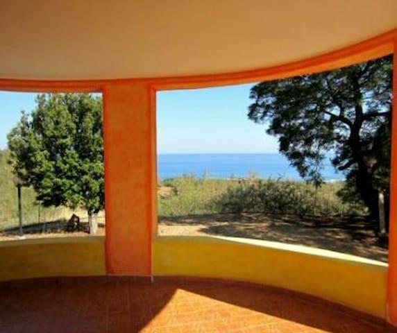 Villetta vista mare immersa nel verde Sardegna - Tertenia - Ev