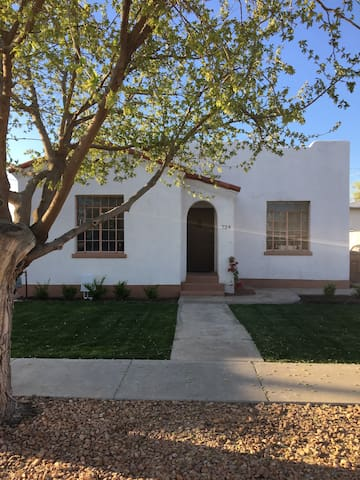 Downtown Historic Adobe Home - Las Cruces - Rumah