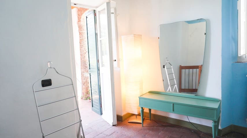 """""""Azzurra"""" with 2 terraces,shared pool and garden! - Lucca - Appartement"""