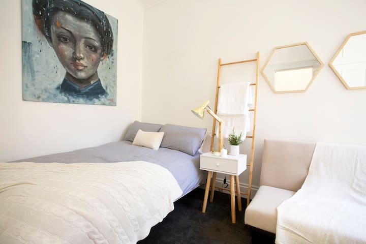 Central, Bright & Airy - A Home Away From Home - Princes Hill - Dom