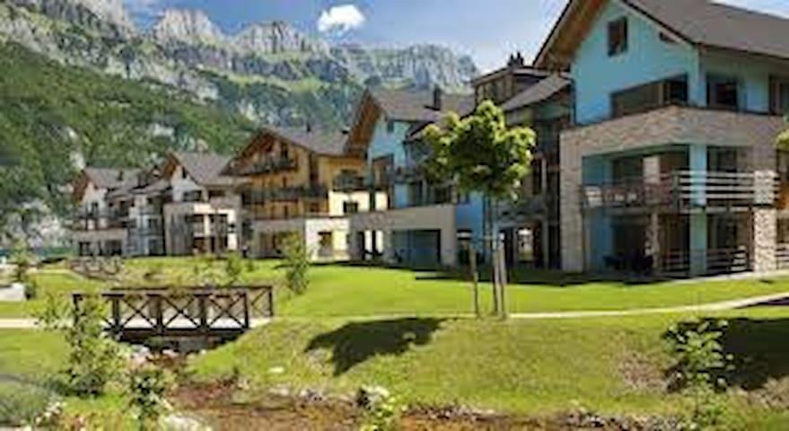 OFFER !!   ENJOY SPRING IN SWITZERLAND € 598 P.W. - Quarten - Departamento