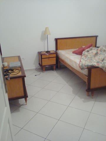 appartement a 10 minute de la plage - Cap Zebib - 아파트