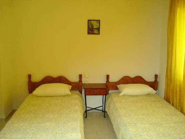Double room near Neo Klima beach - Neo Klima - Apartamento