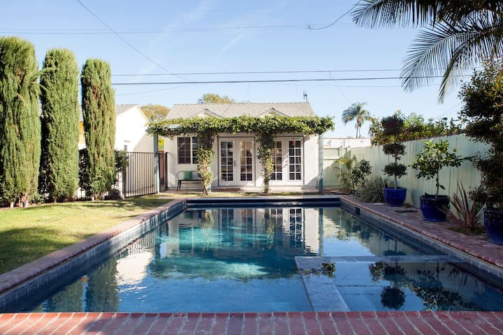 The Pool House - Long Beach - Pension