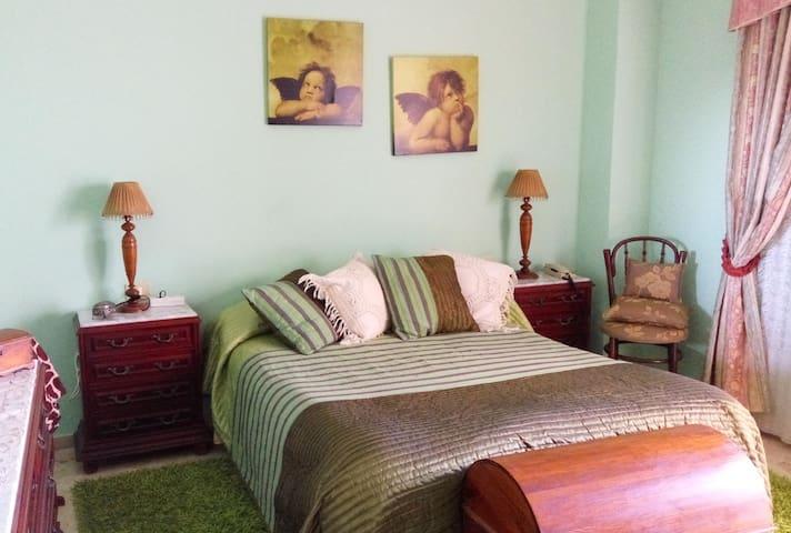 Pokój dwuosobowy z tarasem i łazienką - Los Realejos