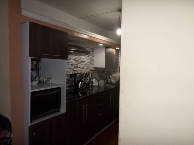 Confortable apartamento en Charallave - Miranda - Apartamento