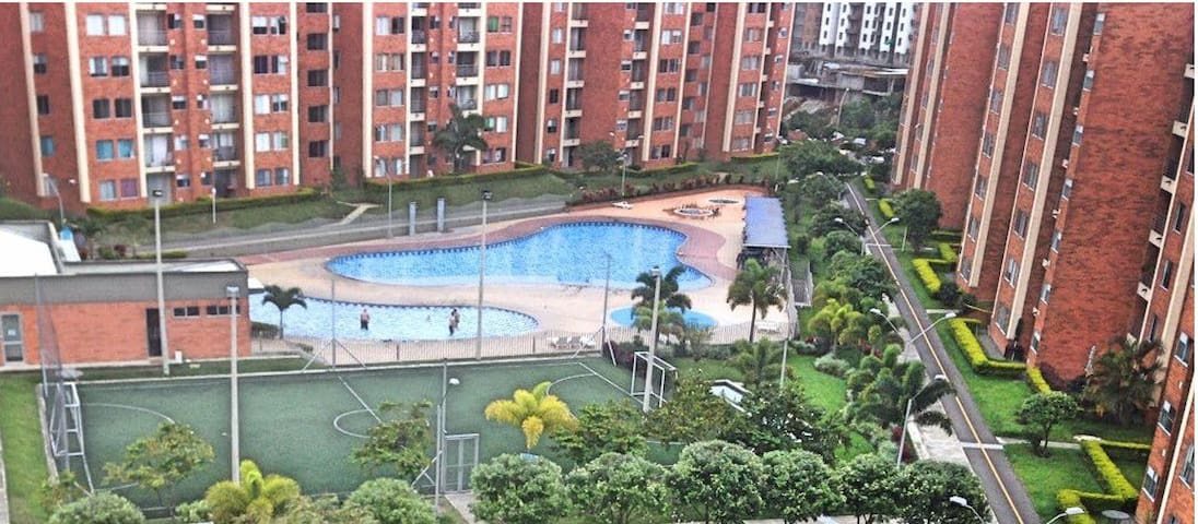 Apartment fully furnished, WiFi, pool, parking - Pereira - Apartment