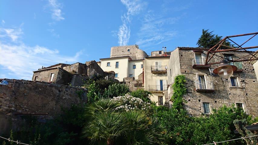 Guardia Sanframondi apartment old town - Guardia Sanframondi - Maison