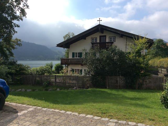 Seehäusl, Appartment directly on Lake Schliersee - Schliersee - Huis