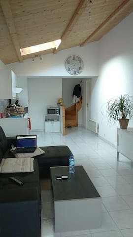 """Appartement 15"""" la Rochelle - Croix-Chapeau - Lägenhet"""