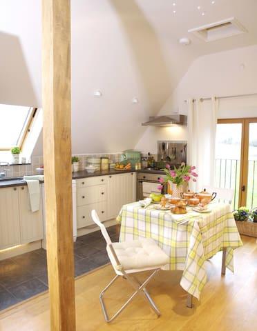 Fosse Farmhouse - The Dovecote - Nettleton - Loteng Studio