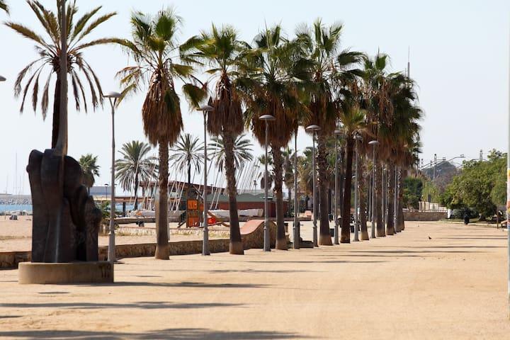 Incredible apartment close beach! - Canet de Mar