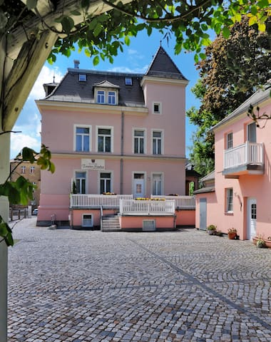Maisonette Zimmer im Gartenhaus - Bautzen - Bed & Breakfast