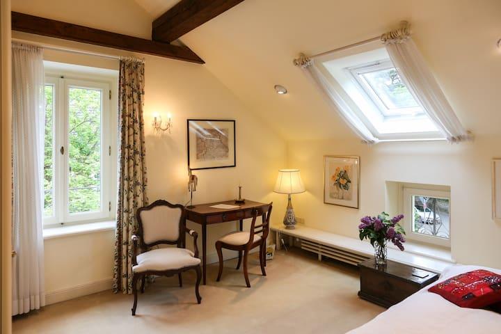 Gemütliches Gästezimmer in Villa - Bonn - Huvila