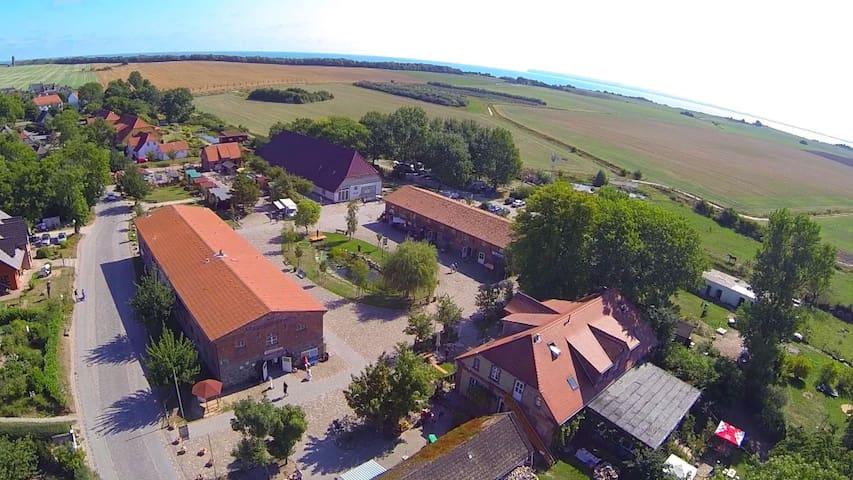 Ferienwohnung auf dem Rügenhof - Putgarten - Lejlighed