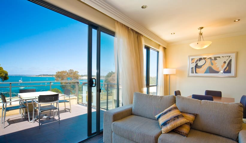 2 B/room Self Contained Apart Bayviews in Geelong - Geelong - Appartement