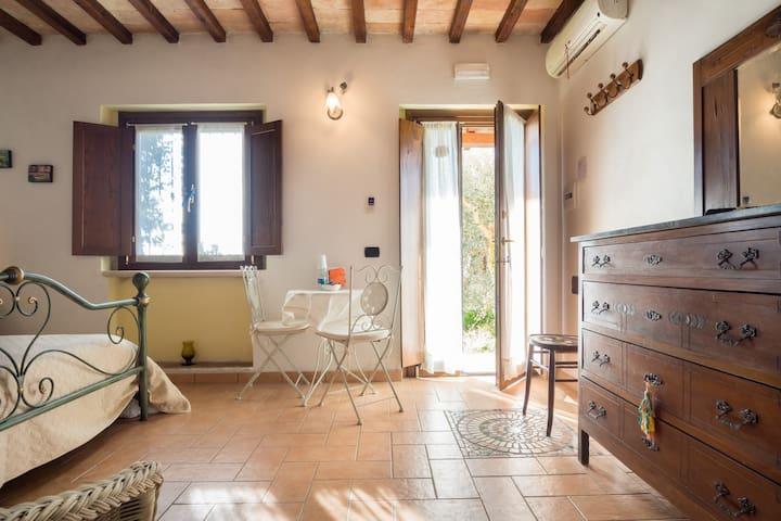 La Casa di Gelsomino stanza privata - Massa Martana - Bed & Breakfast