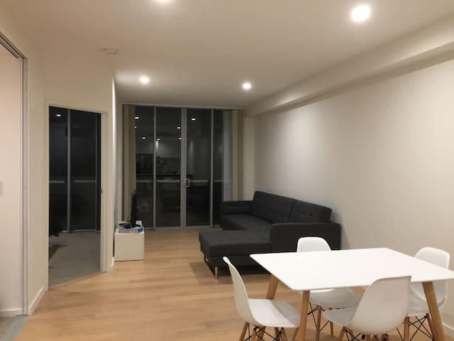 Ashfield best location apartment with FREE parking - Ashfield - Apartamento